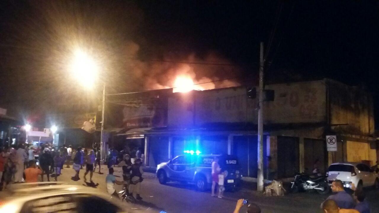 incendio-loja-feiraguay