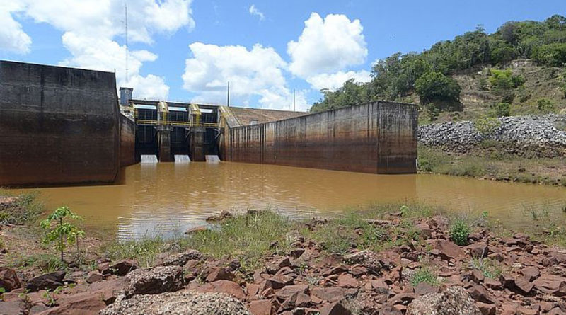 Mais de 800 mil baianos enfrentam racionamento de água