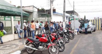 Bandidos assaltam candidatos a vagas de emprego na fila da Casa do Trabalhador