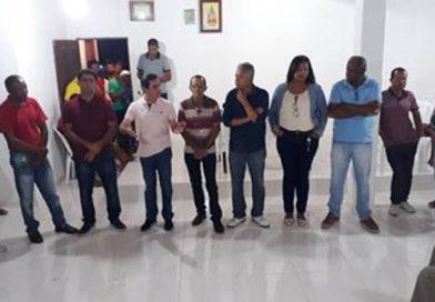Tom Araújo participa de reunião no povoado de Ladeira em Coité