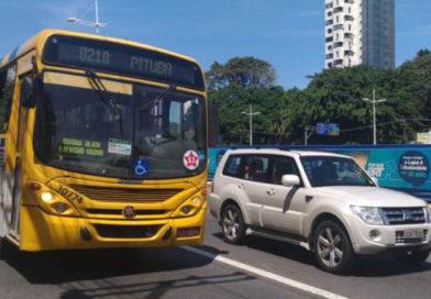 Crime Eleitoral – Democratas vai acionar TRE contra empresas de ônibus com adesivos do PT