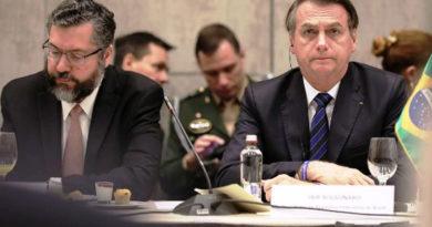 """Bolsonaro disse que não vai seguir os vícios da """"Velha Política"""" para aprovar a reforma da Previdência"""