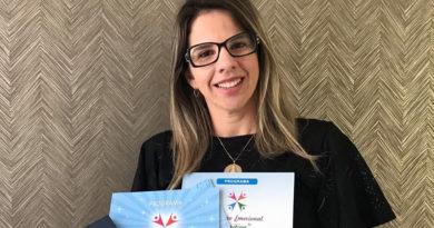 A Doutora Ionara Ramos explica que educar filhos também e função dos Pais