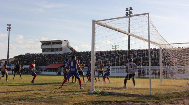 Seleção de Coité vence Quijingue e classifica-se para semifinais do Intermunicipal.