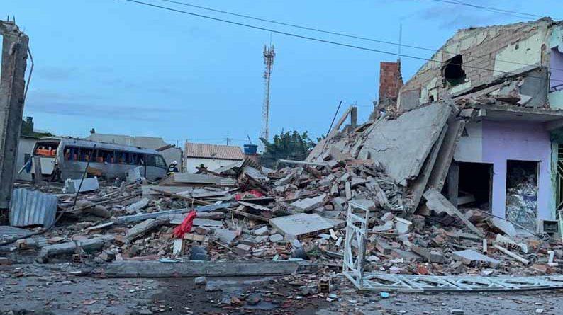 Após a explosão de fábrica clandestina de fogos, o proprietário é preso em Crisópolis